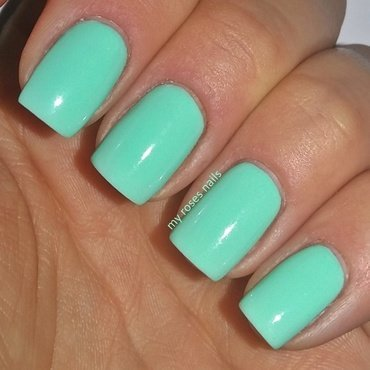 Semilac 022 Mint nail art by Ewa