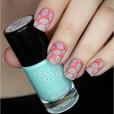 Fresh mint on pink gradient nail art by barbrafeszyn