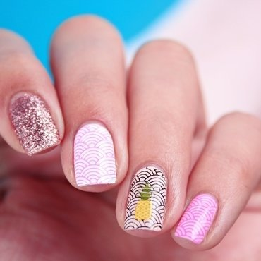 Summer Stamping nail art by Romana