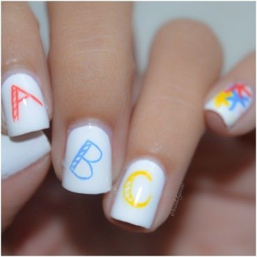 Back to School Nail Art nail art by Sheily (NailsByMae)
