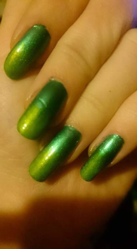 The hulk  nail art by Sabina Salomonsson