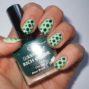 Green dots nail art by only real nails.