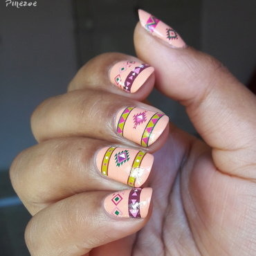 Aztek nail art by Pinezoe