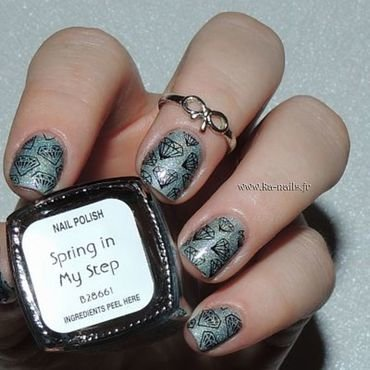 Diamant Vert nail art by Ka'Nails