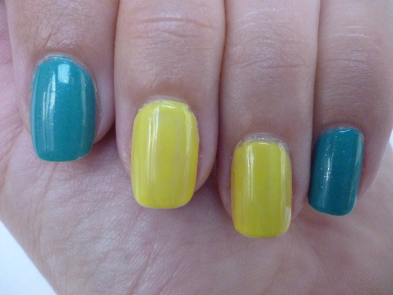 Lime Lagoon nail art by velinux