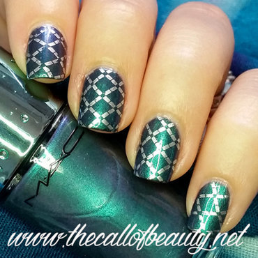 Quilted nail art by The Call of Beauty