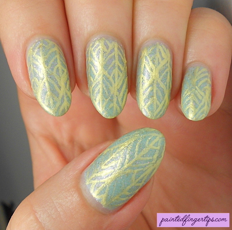 Mint and Gold Freehand nail art by Kerry_Fingertips