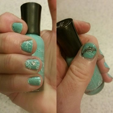 Dolphin Wave nail art by Jill Thompson
