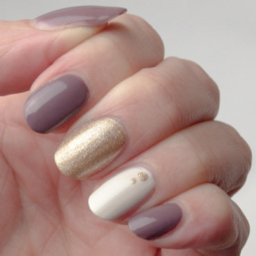 Mauve + gold + cream = first fall manicure nail art by What's on my nails today?