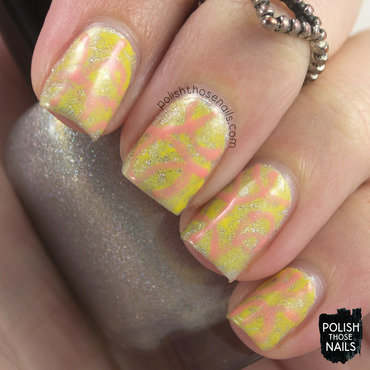Holo lemon watercolor peach nail art 4 thumb370f