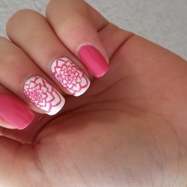 free hand flower nail art by Maya Harran