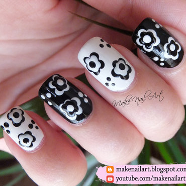 Black And White Flowers Nail Art Design nail art by Make Nail Art