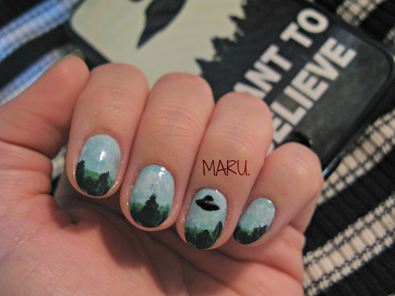 I Want To Believe nail art by Martina