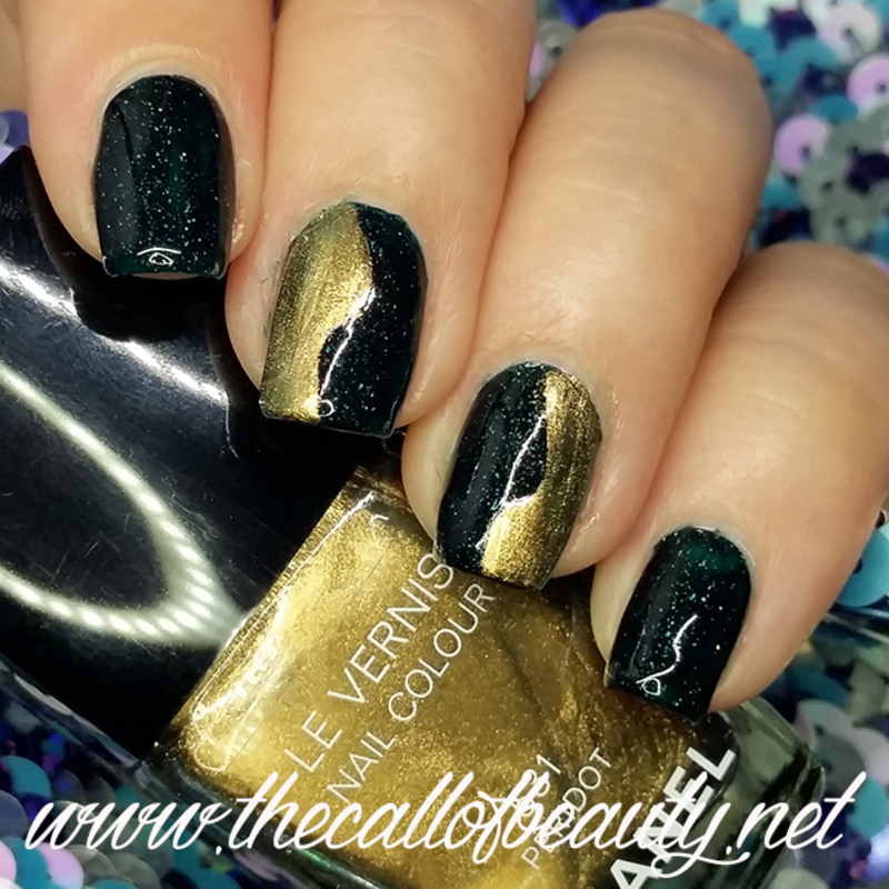 Peridot Waves nail art by The Call of Beauty