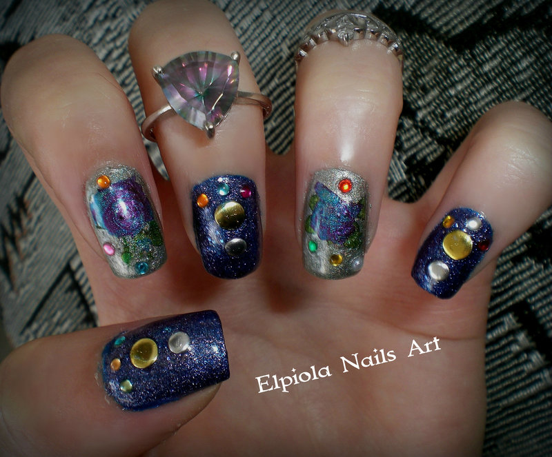 Blue Roses nail art by Elpiola Lluka