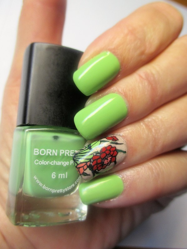 Green Mood nail art by NinaB