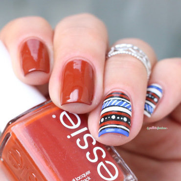 Essie 20fall 202016 20playing 20koi 20aztec 20nail 20art 20paillette 204 thumb370f
