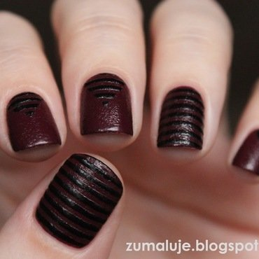 leather stripes nail art by Zu