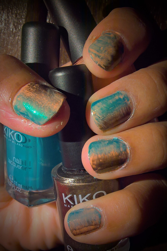 Pale Peach, Metalic Teal, and Copper #fanbrushfriday nail art by Avesur Europa
