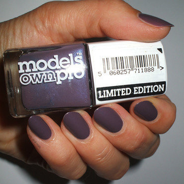 Seche Seche Vite and Models Own Purple Party Swatch by only real nails.