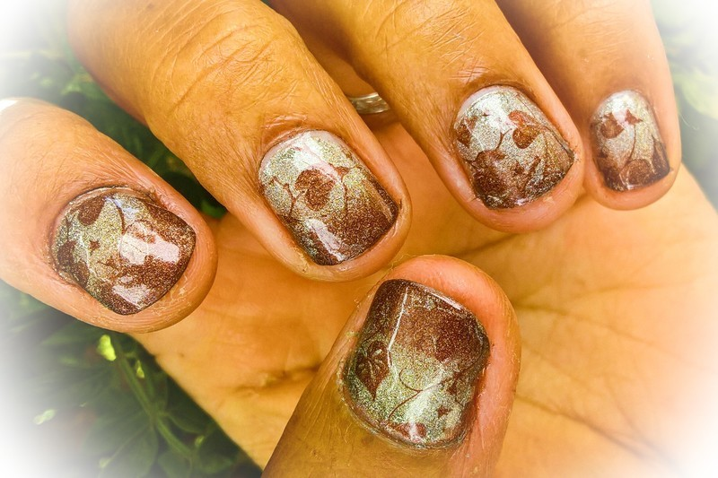 Holo Autumn  nail art by Avesur Europa
