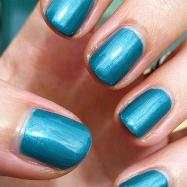 Sally Hansen Jazzy Jade Swatch by Hermine