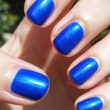 Sally Hansen Pacific Blue Swatch by Hermine