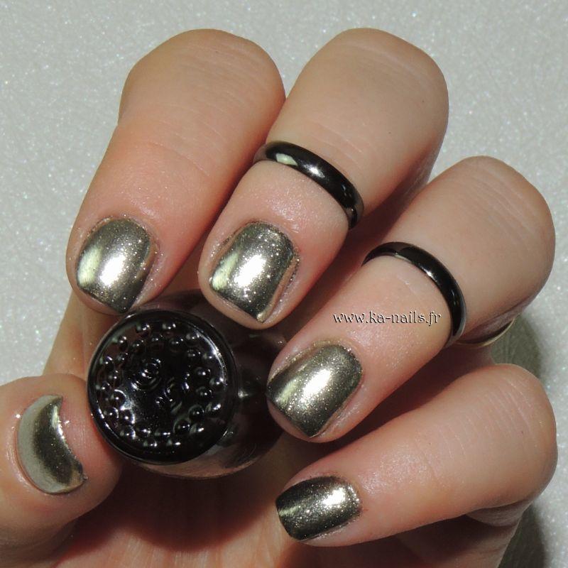 Effet Miroir nail art by Ka'Nails