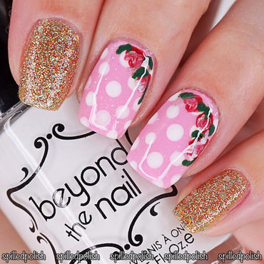 #31DC2016 - Day 14 - Flowers nail art by Maddy S