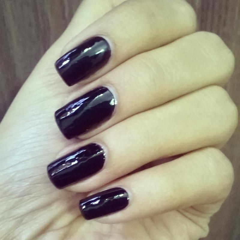 Black Beauty nail art by Rakshanda