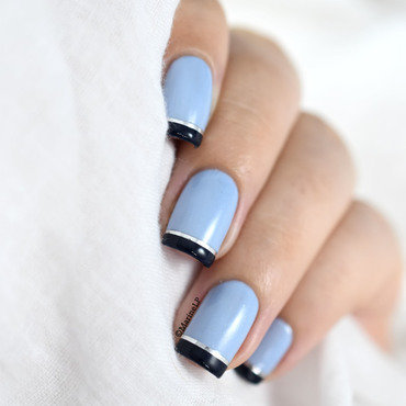 Blue french manicure 20 4  thumb370f