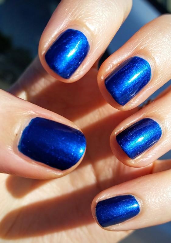 Wet n Wild Pop Up Blue-tique Swatch by Hermine