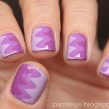 purple chevron nail art by Zu