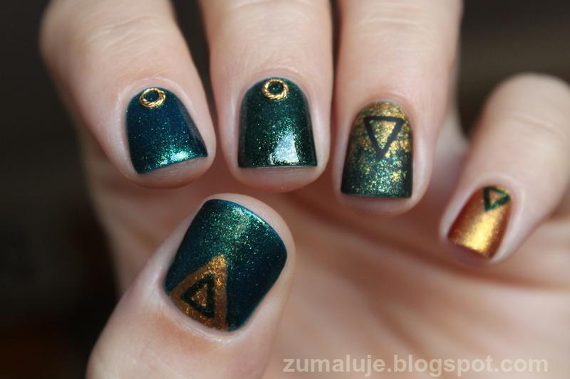 triangle nail art nail art by Zu