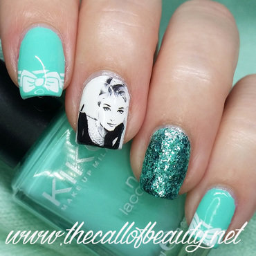 Breakfast at Tiffany's nail art by The Call of Beauty