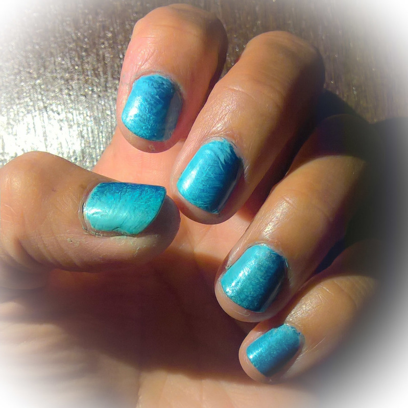 Royal Blue, Baby blue and Silver nail art by Avesur Europa