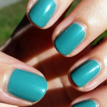 Milani Mint Candy Swatch by Hermine