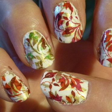 Leaves #nailstormeuse nail art by Barbouilleuse