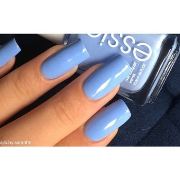 Essie Bikini so tini Swatch by Sarah