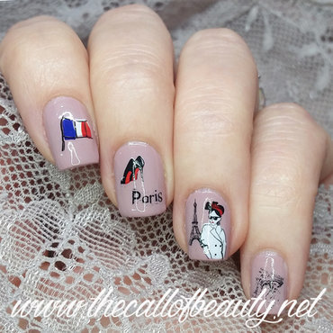 Nail 20art 20of 20the 20day 20 20  20french 20girl 20for 20day 2028 20inspired 20by 20a 20flag 20 2331dc2016 20 24  20wm thumb370f