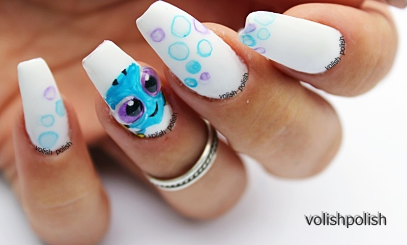 How to Baby DORY and bubbles nail art by Volish Polish