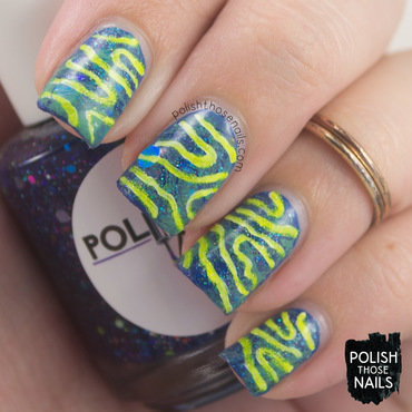 Watermarble Squiggle nail art by Marisa  Cavanaugh