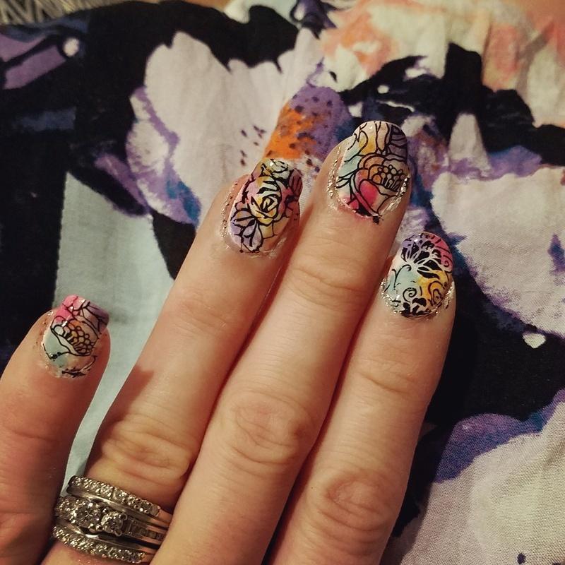 Floral print nail art by truhero
