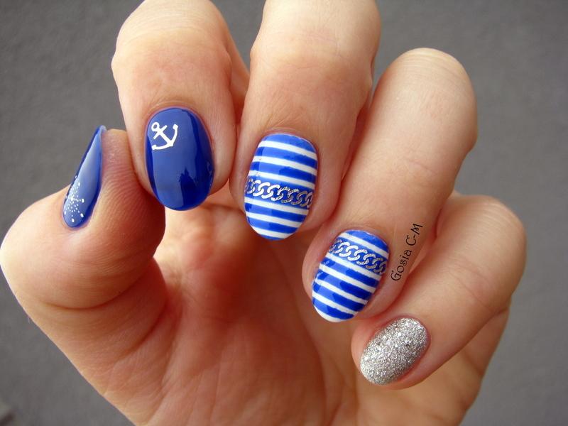Nautical nail art by Nail Crazinesss