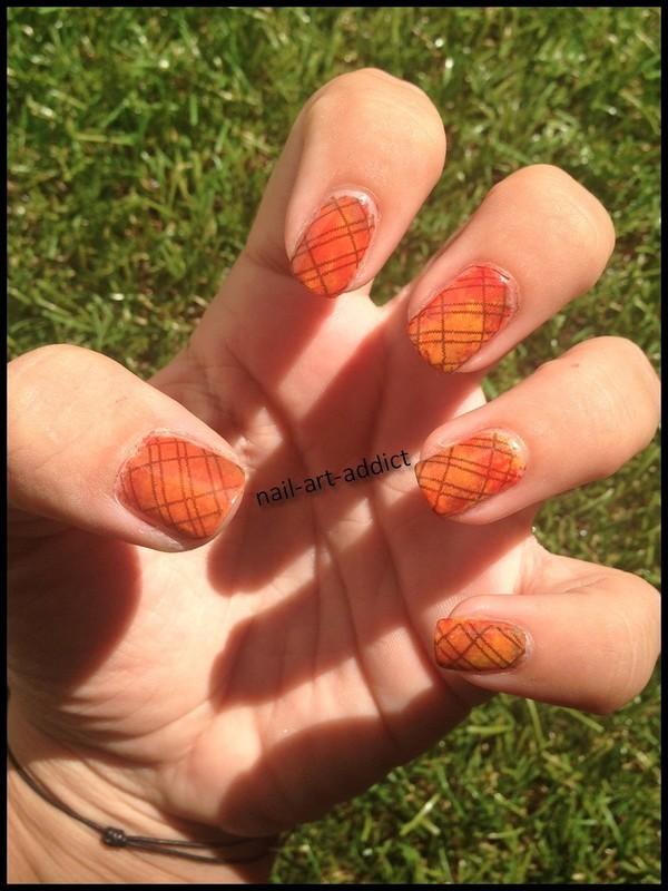 Nailstorming : Salut l'Automne nail art by SowNails