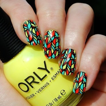 Feather Fever nail art by Yasinisi