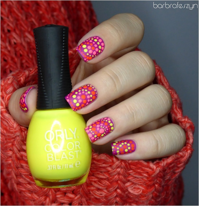 Neon dots nail art by barbrafeszyn