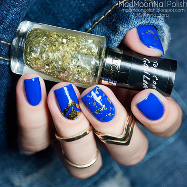 Cobalt blue & Gold nail art by Irina Zorg