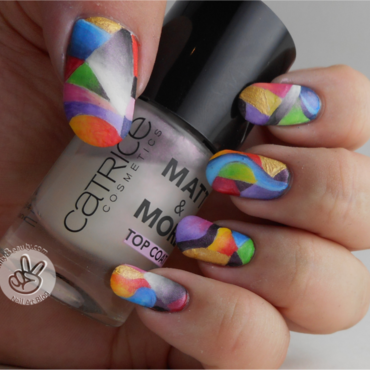 Freehand Messy Abstract nail art by Ithfifi Williams