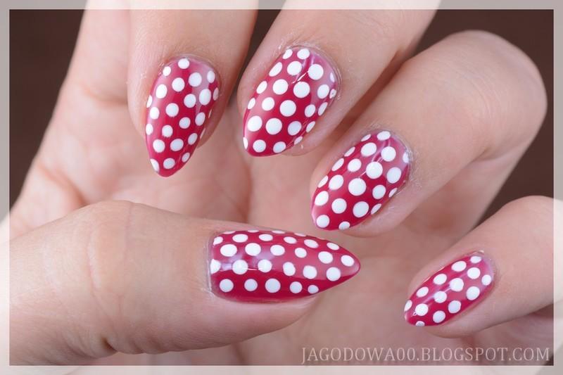 Polka dots / Groszki nail art by Jadwiga